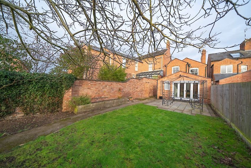 Detached House in Stratford-upon-Avon