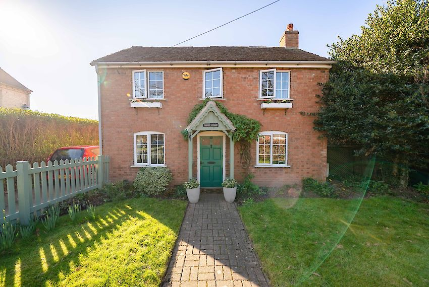 Detached House in Barford